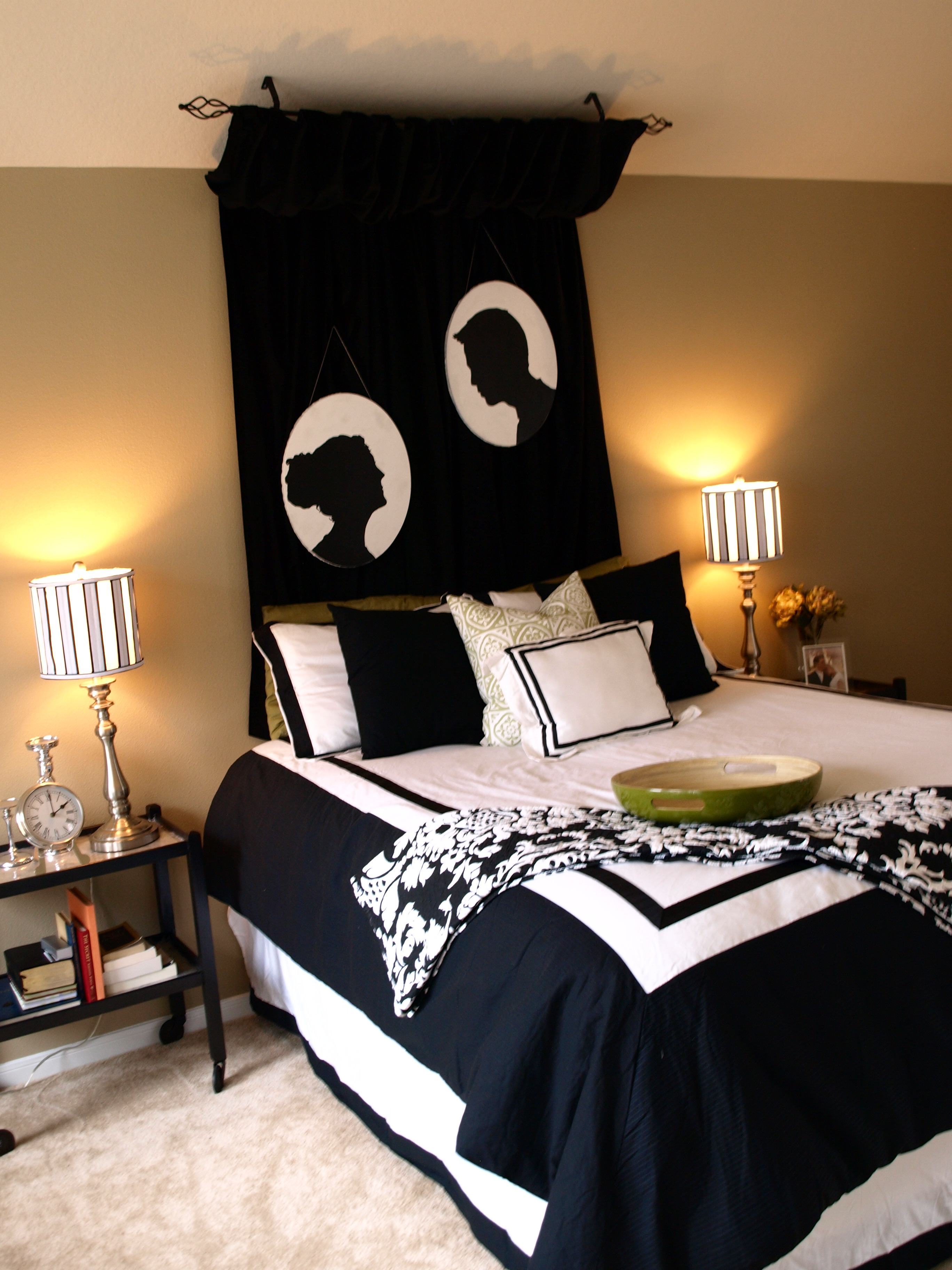 Down for maintenance see cate create for Black and white girl bedroom ideas